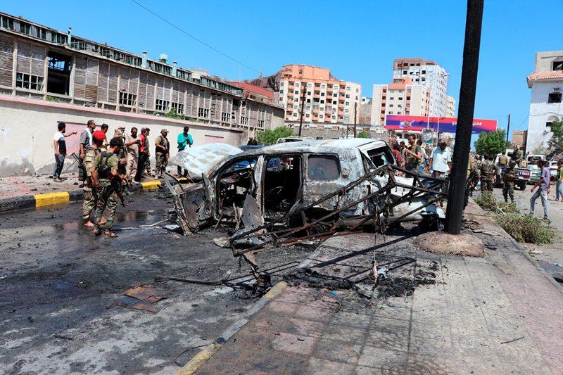 Υεμένη: Επίθεση σε αυτοκινητοπομπή αξιωματούχων – τουλάχιστον 6 νεκροί