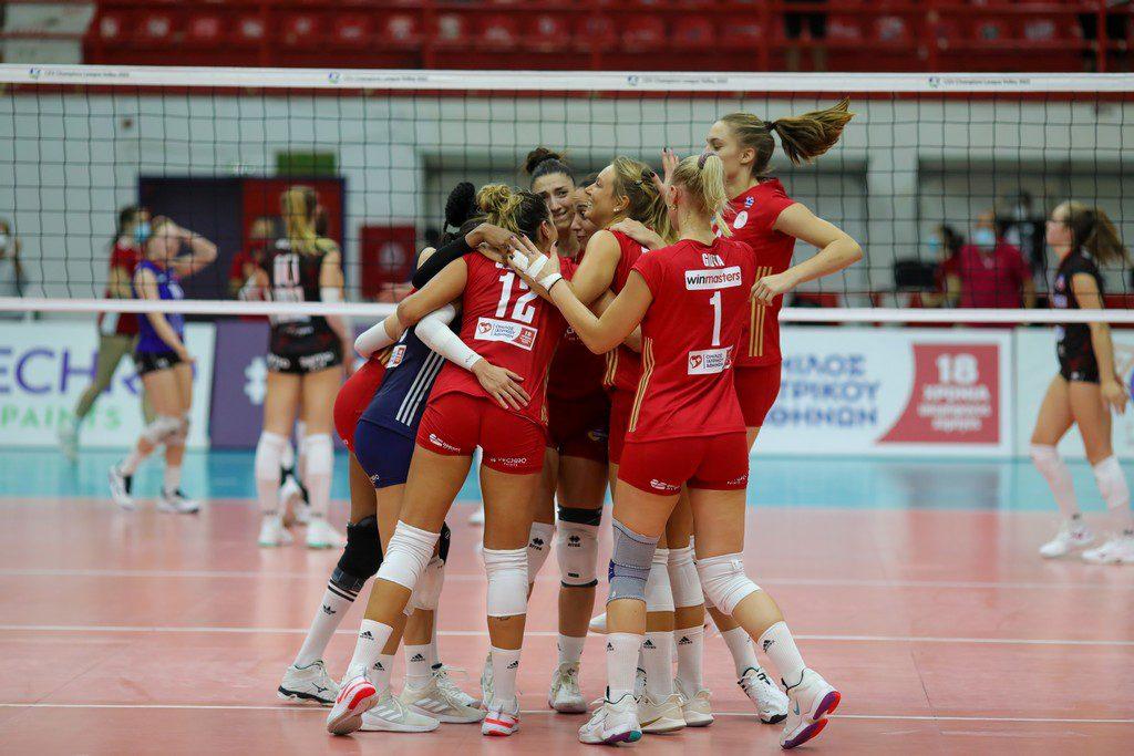 Βόλεϊ Γυναικών: Νίκη 3-0 του Ολυμπιακού στο Μινσκ – Θέλει ακόμα μια πρόκριση για είσοδο στο Champions League
