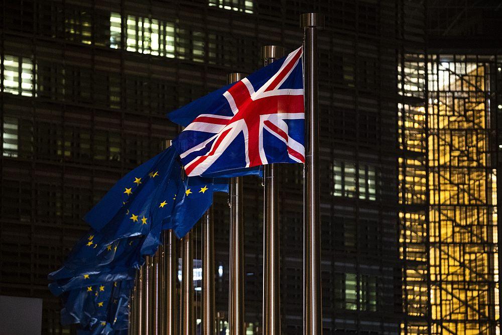 Διεθνής Τύπος: Βρετανία και ΕΕ πάλι «στα μαχαίρια» για το Brexit – Με παράλυση απειλείται η ιταλική οικονομία λόγω υγειονομικού διαβατηρίου