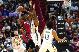 NBA: Οι Μπακς «πλήρωσαν» τις πολλές απουσίες τους στο Μαϊάμι