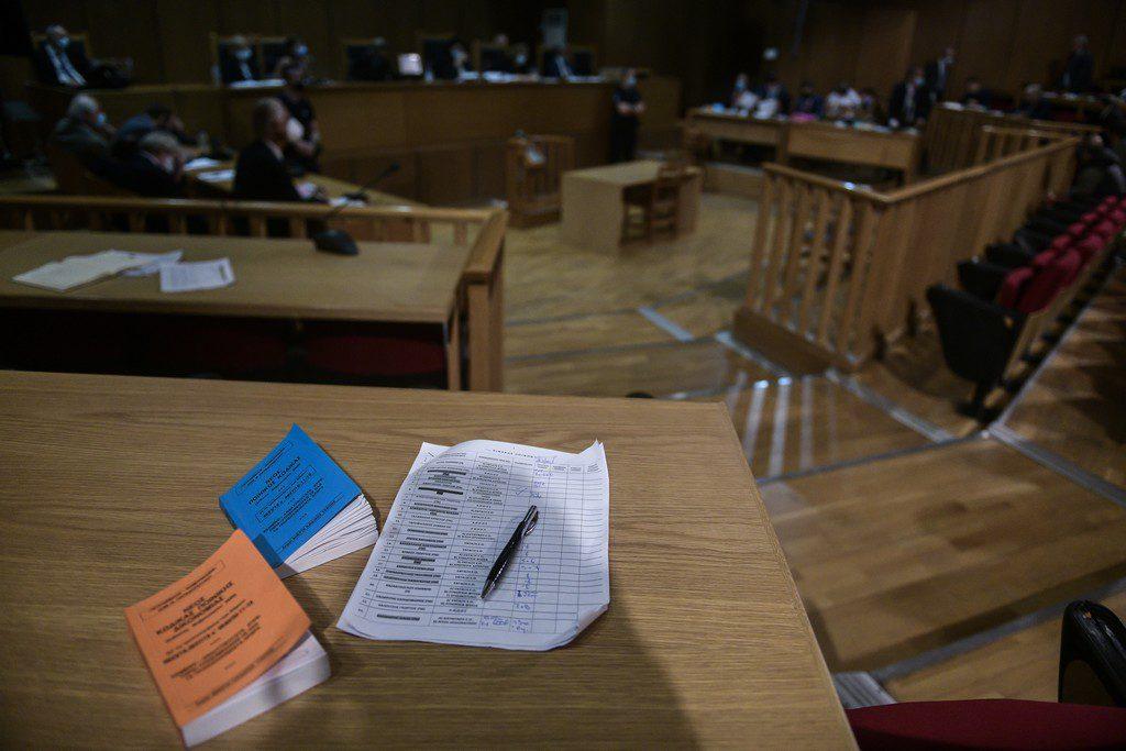 Εισαγγελία Εφετών: Έρευνα για εγκληματική οργάνωση μετά τις φασιστικές επιθέσεις στην Αθήνα