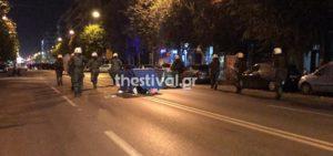 Θεσσαλονίκη: Tέσσερις συλλήψεις στην επεισοδιακή διαμαρτυρία αντιεξουσιαστών – δύο τραυματίες