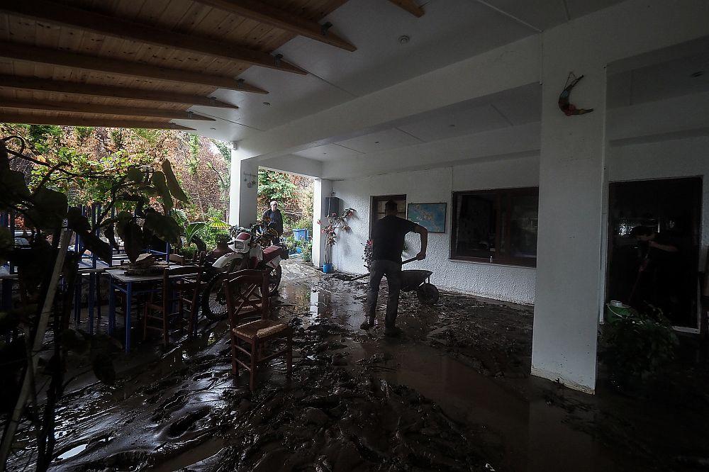 Ιδού το επιτελικό κράτος στην Εύβοια: Προκήρυξαν διαγωνισμό για αντιπλημμυρικά έργα δύο μέρες πριν τις πλημμύρες