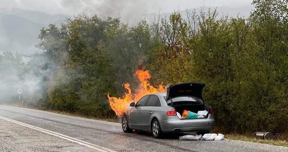 Στις φλόγες το αυτοκίνητο του Παναγιώτη Ψωμιάδη – «Δεν είχα ούτε φρένα, ούτε τον έλεγχο του τιμονιού»