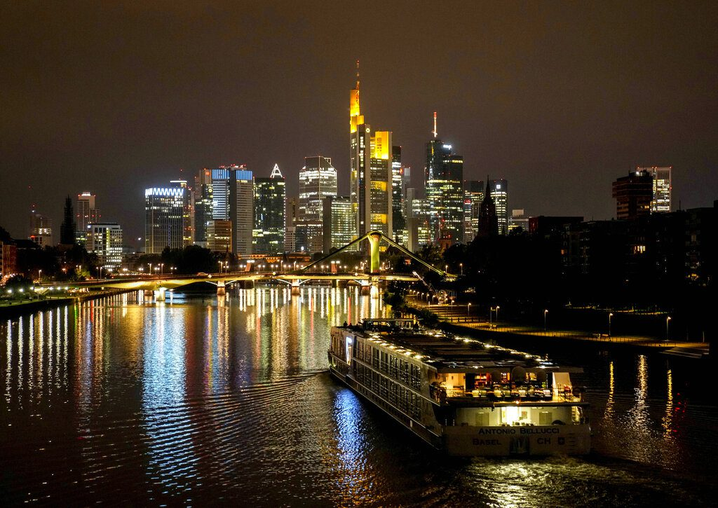 Η UBS προειδοποιεί για φούσκα ακινήτων στην Φραγκφούρτη