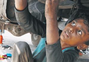 Παιδιά-σκλάβοι, θύματα της πανδημίας και της φτώχειας