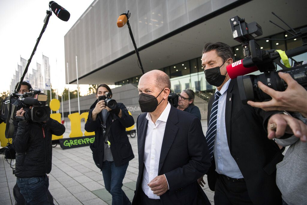 Γερμανία: Αισιοδοξία μετά την πρώτη μαραθώνια συνάντηση Σοσιαλδημοκρατών, Πρασίνων και Φιλελευθέρων