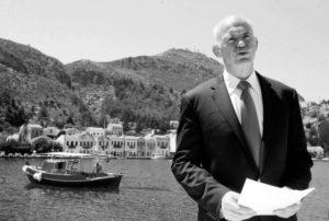 Ο Αντώναρος σχολιάζει την επανεμφάνιση του Γιώργου Παπανδρέου