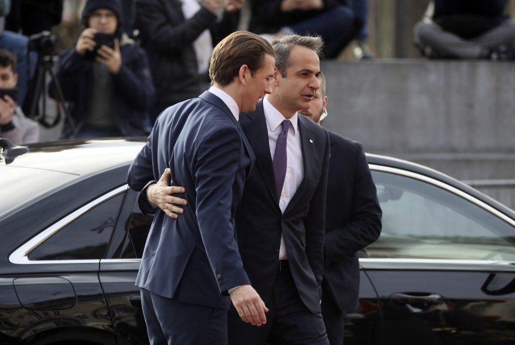 ΣΥΡΙΖΑ: Ο Κουρτς παραιτήθηκε για στημένες δημοσκοπήσεις, ο Μητσοτάκης καλύπτει την Opinionpoll