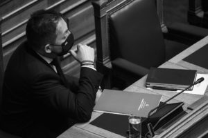 Λίστα Πέτσα: Από τον Μάιο δικογραφία στη Βουλή για διερεύνηση απιστίας των Σκυλακάκη και Πέτσα