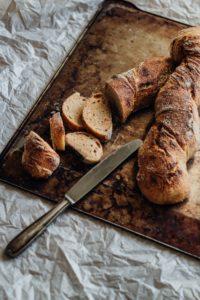 Εικοσιπέντε ιδέες για υπέροχα σνακ με βάση μία φέτα ψωμί