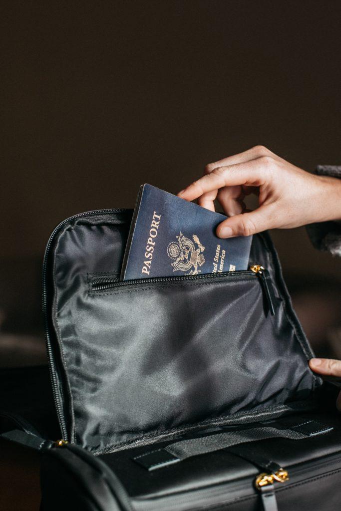 Πιερρακάκης: Ζήτημα εβδομάδων η ψηφιακή ανανέωση διαβατηρίων