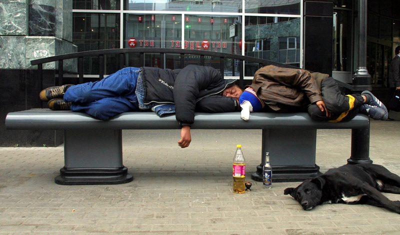 Ρωσία: Οι αρχές του Όρενμπουργκ προτείνουν στους κατοίκους να ανταλλάξουν αλκοόλ με τρόφιμα, μετά τους θανάτους από νοθευμένα ποτά