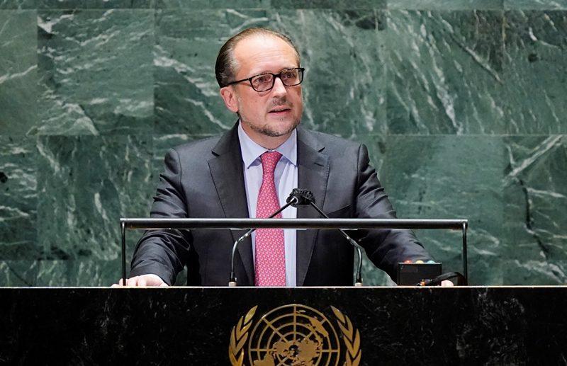 Αυστρία: Ο υπουργός Εξωτερικών Αλεξάντερ Σάλενμπεργκ είναι ο επόμενος καγκελάριος μετά την παραίτηση του Κουρτς