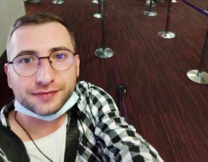 Καταζητούμενος στη Ρωσία ο 31χρονος που διέρρευσε τα βίντεο με τα βασανιστήρια στις φυλακές