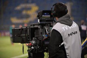 Super League: «Στοπ» στην κεντρική διαχείριση των τηλεοπτικών δικαιωμάτων