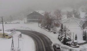 Η κακοκαιρία «Μπάλλος» έφερε τα πρώτα χιόνια στην Βόρεια Ελλάδα (Video)